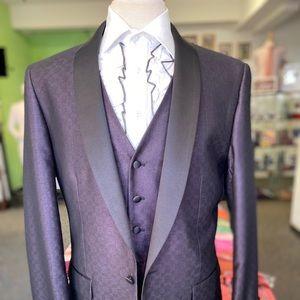 Other - Men's eggplant vested suit